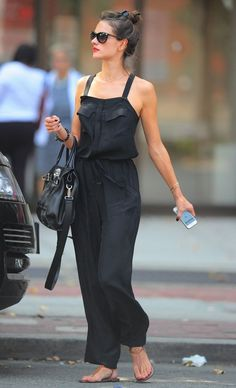 Effortless street look alessandra ambrosio in square neck jumpsuit clothia Star Fashion, Look Fashion, Fashion Outfits, Fashion Ring, Spring Fashion, Alessandra Ambrosio Style, Casual Black Jumpsuit, Luxury Clothing Brands, Designer Clothing