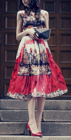 Lovely Theater Printed Midi Dress