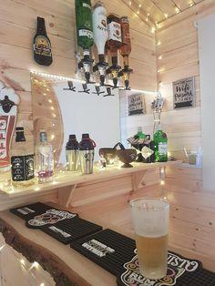 Craig tells us about his new log cabin! Outdoor Garden Bar, Garden Bar Shed, Diy Outdoor Bar, Summer House Garden, Backyard Bar, Diy Home Bar, Diy Bar, Bars For Home, Cafe Bar