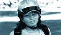 Vietnam : libérez Ta Phong Tan, condamnée à 10 ans de prison en septembre 2012 par le Tribunal populaire d'Ho Chi Minh-Ville. Cette blogueuse influente militait pour la liberté d'expression et pour une plus grande transparence des autorités vietnamiennes. Elle a été uniquement condamnée pour avoir exprimé ses idées.  Amnesty International la considère comme une prisonnière d'opinion. www.amnesty.fr/Nos-campagnes/Liberte-expression/Actions/Vietnam-liberez-Ta-Phong-Tan-12979