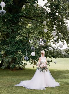 Lace & Tulle Rosa Clara Sandy Wedding Dress | Christian Louboutin Toboggan Shoes | Herrenhaus Gut Bliestorf Country Wedding Venue Germany | Ann-Kathrin Koch Photography | http://www.rockmywedding.co.uk/carolin-abelardo/