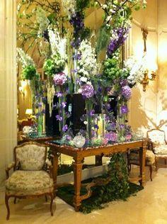 Ritz Carlton lobby Paris