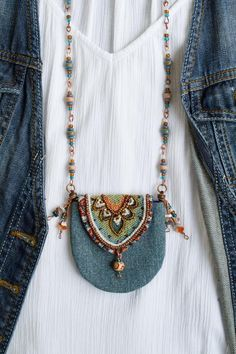 - Boho denim purse necklace beaded amulet bag necklace textile medicine bag necklace hippie neck bag S - Textile Jewelry, Fabric Jewelry, Boho Jewelry, Beaded Jewelry, Gold Jewellery, Turquoise Jewelry, Jewelry Trends, Pearl Jewelry, Indian Jewelry