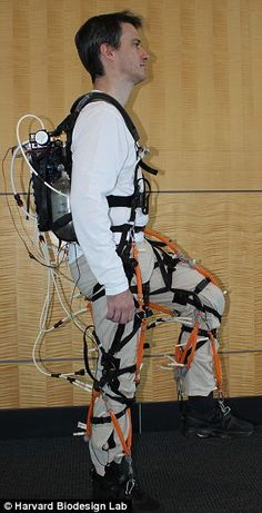 Revolutionary: The soft robotic exoskeleton suit being developed at Harvard University's Wyss Institute Exoskeleton Suit, Powered Exoskeleton, Technology Gadgets, Science And Technology, Engineering Science, The Next Big Thing, New Inventions, Military Gear, Futuristic Cars