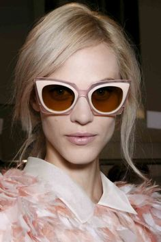 Cat Eye Sunglasses: 20 Chic Styles To Wear Now