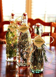 Rattlebridge Farm: Foodie Friday: Herb Gardens and Herbed Vinegars Flavored Olive Oil, Flavored Oils, Infused Oils, Flavored Butter, Spices And Herbs, Fresh Herbs, Baked Ziti, Canning Recipes, Canning Jars