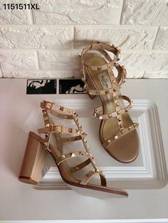 Saint Laurent Shoes, Valentino Women, Thick Heels, Sandals, Outfits, Fashion, Moda, Shoes Sandals, Suits