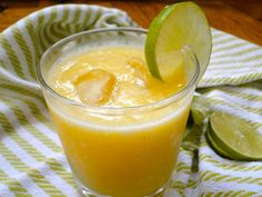 Its probably not a good idea to drink before a half marathon so I'm not having one of these tonight but maybe you should (if you're over I love Pineapple Margarita, Margarita Cocktail, Frozen Pineapple, Pineapple Juice, Margarita Recipes, Cocktail Recipes, Cocktails, Fresh Lime Juice, Tex Mex