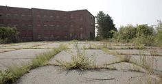 What Happened At These 5 Asylums Is Stranger, And More Horrifying, Than Fiction.