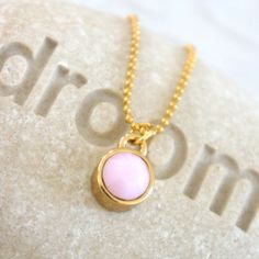 Lovely Swarovski Necklace / ketting in soft pink | NORR