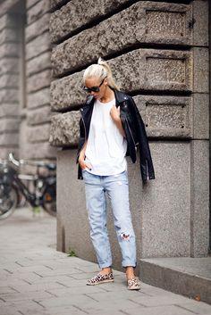 #girl #outfit #inspiration #denim #jacket #white #top #animal #prints