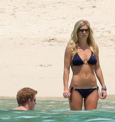 chelsy davy boyfriend | 29/12/2008 Shirtless Prince Harry and Chelsy Davy in Bikini