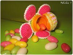 Fleur bombonnière au crochet kinder dragées