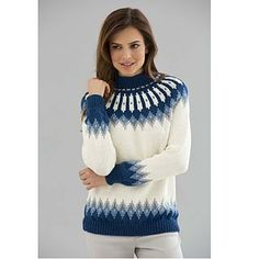 Stricken Try this Classic Nordic Pullover pattern for a cozy, soft winter sweater in the . Fair Isle Knitting Patterns, Sweater Knitting Patterns, Knitting Designs, Knit Patterns, Free Knitting Patterns For Women, Baby Cardigan, Nordic Pullover, Tejido Fair Isle, Threading