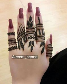 Easy and Beautiful Finger Mehndi Designs - Kurti Blouse Latest Finger Mehndi Designs, Henna Tattoo Designs Simple, Floral Henna Designs, Mehndi Designs Feet, Henna Art Designs, Mehndi Designs For Beginners, Modern Mehndi Designs, Mehndi Designs For Girls, Mehndi Design Photos