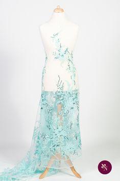 Dantelă turquoise pe bază din tulle elastic de nuanță bleu. Dantelă cu design floral accesorizată cu mărgeluțe translucide și paiete argintii. Modelul dantelei este desfășurat în coloane repetitive și este realizat cu fir lucios turquoise. Dantela poate fi utilizată pentru confecționarea rochiilor elegante de zi. One Shoulder, Formal Dresses, Floral, Design, Fashion, Dresses For Formal, Moda, Formal Gowns, Fashion Styles