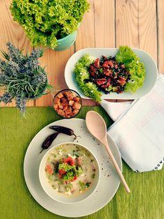Supa de salata si linte neagra. Pofta buna ! #raw #vegan healthy food