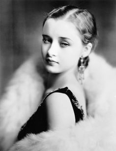 Marian Marsh - 1931 - Warners Brothers publicity campaign for Svengal. Hollywood Glamour, Vintage Hollywood, Hollywood Stars, Classic Hollywood, Hollywood Actresses, Divas, Erich Von Stroheim, Silent Film Stars, Classic Movie Stars