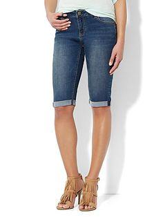 Shop Soho Jeans Bermuda Short - Burning Blue Wash . Find your perfect size online at the best price at New York & Company.