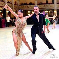 🎁 FREE SHIPPING 🚚 🛒 Order on the website www.ddressing.com - - - #ballroom #dress #latindresses #ballroomdance Ballroom Dresses For Sale, Latin Dance, Dance Costumes