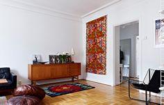 design attractor: Interesting Kitchen in the Cozy Home
