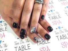 Sparkly In Love Nailart.
