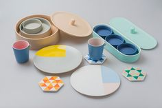 Core77 / In the Details: Chi and Chi's Astronomy-Inspired Tableware Collection