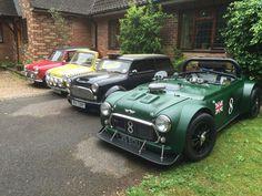 Aux 24h du Mans, ce weekend, roulait un étrange ovni de couleur verte, ressemblant de très très loin à une Bentley... A vrai dire, cet ovni est un vieux rêve pour moi : celui de transformer une Mini en un roadster extrême et là, je pense qu'on touche...