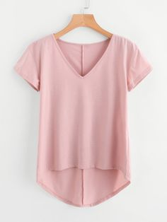 Shop Solid Dip Hem T-shirt online. SheIn offers Solid Dip Hem T-shirt & more to fit your fashionable needs. Womens Trendy Tops, Mode Vintage, Western Outfits, T Shirts For Women, Clothes For Women, Cute Tops, Pulls, Look Fashion, Casual Wear