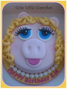 Miss Piggy Cake - This is the WINNER!