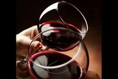 Dê os primeiros passos na degustação de vinhos, aprenda tudo sobre os sentidos, aromas, gostos, castas e harmonias. No Clube do Vinho, curso de iniciação à prova de vinhos por apenas 39€ em vez de 78€. - Descontos Lifecooler