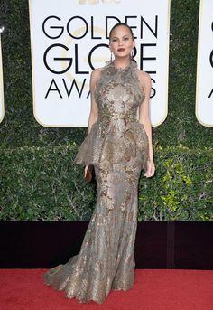 Chrissy Teigen, Golden Globes 2017