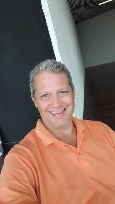 """.: Entrevista com André Leahun, que retorna com """"Amor Por Anexins"""":. .: #Entrevista #AndréLeahun #AmorPorAnexins #Resenhando #SiteResenhando"""
