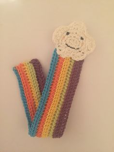 Crochet cloud and rainbow bookmark, pattern on link
