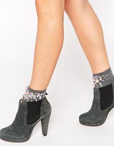 Bild 1 von Ganni – Fiona – Chelsea-Stiefel aus Wildleder mit Absatz und Plateausohle