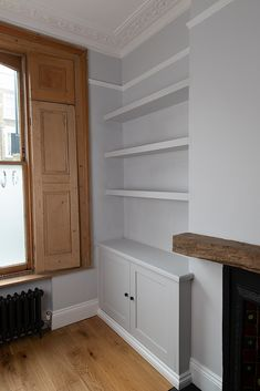 Built In Cupboards Living Room, Alcove Storage Living Room, Living Room Built Ins, Living Room Shelves, Alcove Bookshelves, Alcove Shelving, Bookcases, Alcove Cupboards, Front Room Decor