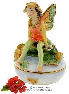 Trinket Box: Fairy Sitting