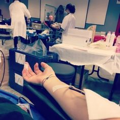 Don du sang. Parce qu'il est toujours bien de faire un peu don de soi.