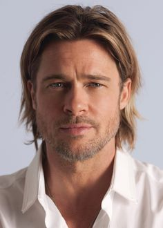 Beauty News - CHANEL has selected world renowned actor Brad Pitt to be the face of the upcoming advertising campaign for CHANEL Cabelo Do Brad Pitt, Brad Pitt Hair, Kai Schumann, Celebrities Without Eyebrows, Chanel Nº 5, Perfume Chanel, Perfume Fragrance, Chanel Beauty, Brad And Angelina
