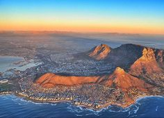 Beautiful Table Mountain in Cape Town, South Africa, my hometown - whenever I see the mountain I know I am home Cape Town Tourism, Namibia, Destinations, Le Cap, Cape Town South Africa, Places Around The World, Live, Places To See, Travel Inspiration