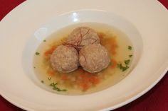 Bröselknödel Suppe, ein raffiniertes Rezept aus der Kategorie Schnell und einfach. Bewertungen: 73. Durchschnitt: Ø 4,5.