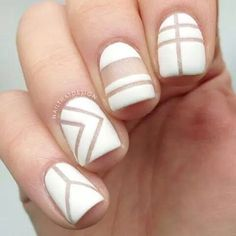 Looking for some elegant negative space nail art designs and ideas? If you want to find a new look in this season, then try some negative space nails. Negative space refers to the area around the object, which is the focus of a particular image. Simple Nail Designs, Nail Art Designs, Nails Design, Pedicure Design, Magnetic Nail Polish, Negative Space Nails, Black Nail Art, White Nails, Striped Nails