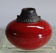 Red Acorn Vase by Charles Smith.                                  www.smith-pots.com