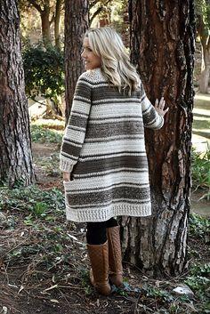 Ravelry: Canterbury Cardigan pattern by Whistle and Wool Gilet Crochet, Crochet Coat, Crochet Cardigan Pattern, Crochet Clothes, Crochet Patterns, Chunky Cardigan, Kimono Cardigan, Canterbury, Wool
