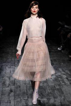 Nina Ricci - Fall 2012 Ready-to-Wear - Look 46 of 47