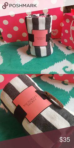 NWT VS beach blanket Limited edition VS beach blanket! Victoria's Secret Other