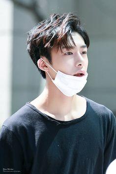 hyungwon • monsta x vocalist