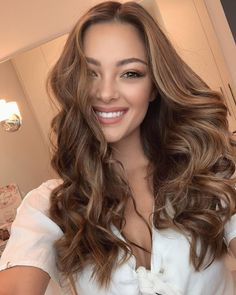 Discover the best makeup inspiration on Pageant Planet! Learn how to do your eyeshadow, contour, or lipstick! Pictured her is Demi-Leigh Nel-Peters, Miss Universe Honey Brown Hair, Hair Color And Cut, Queen Hair, Hair Photo, Brunette Hair, Great Hair, Pretty Hairstyles, Wedding Hairstyles, Hair Dos