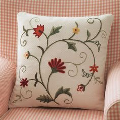 Tarohome Pillow Cushion Case Honeycomb Fabric Cushion Hand embroidery Flower Pattern Cushion For Home Decor. Hand Embroidery Videos, Floral Embroidery Patterns, Embroidery Flowers Pattern, Hand Embroidery Stitches, Hand Embroidery Designs, Cushion Embroidery, Embroidered Cushions, Crewel Embroidery, Crochet Cushions