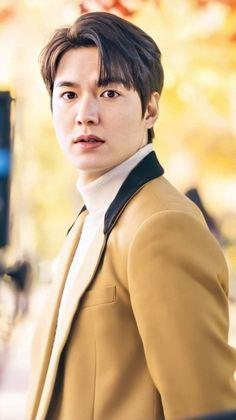 Park Shin Hye, Korean Celebrities, Korean Actors, Lee Min Ho Wallpaper Iphone, Le Min Hoo, Lee Min Ho Smile, Lee Min Jung, Lee And Me, Lee Min Ho Photos